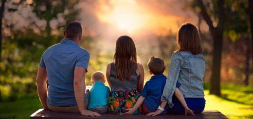 База контактов родителей - мобильные телефоны.